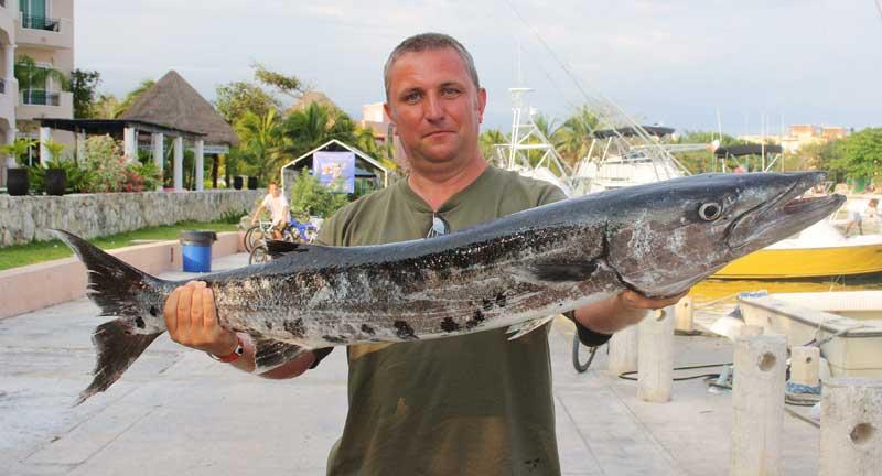 Steve Walker with his Puerto Aventuras wahoo