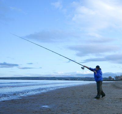 casting the FOX Conqueror Multi Match beach rod