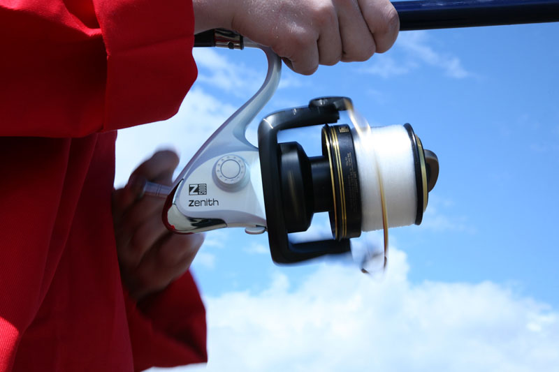 using the Grauvell Zenith Z5000 fixed spool reel
