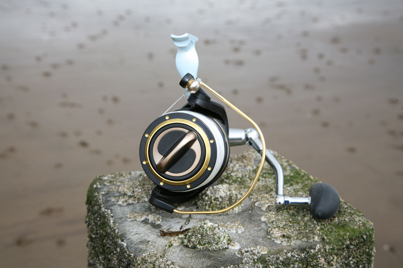 Grauvell Zenith Z5000 fixed spool reel front view