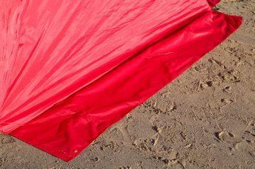 fishing-review-ian-golds-igloo-beach-shelter-0007