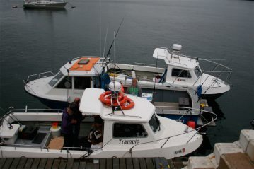 boats on pontoons manx festival