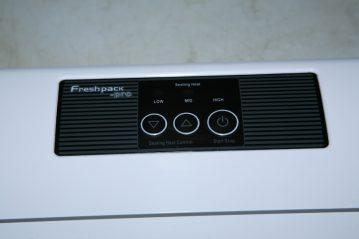 Eiffel Freshpack Pro Vacuum Sealer controls