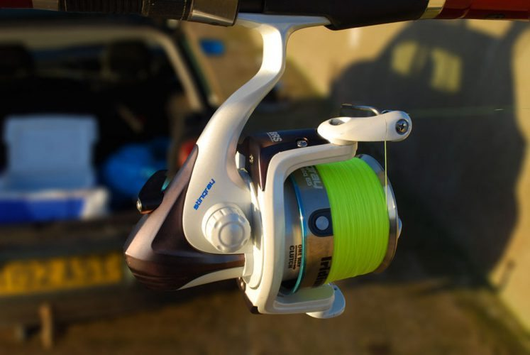 Iridium Stingray Fixed Spool Reel right side