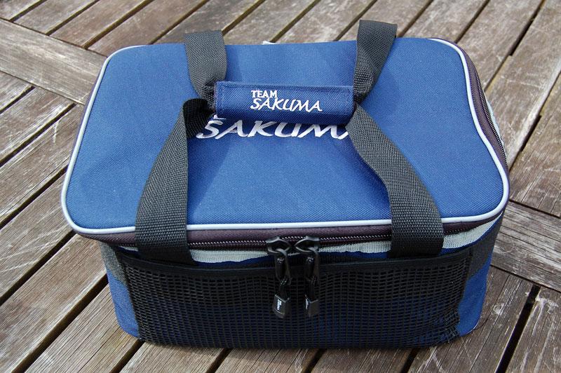 Sakuma Cooler Bag zipped closed