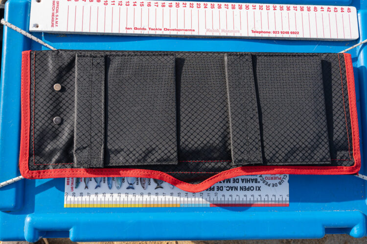 tronixpro boom rig wallet pockets
