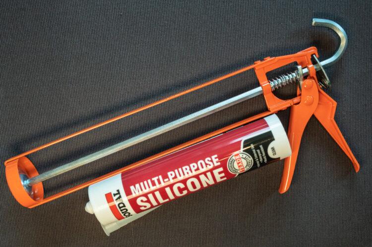 silicone fishing attractors - silicon and gun