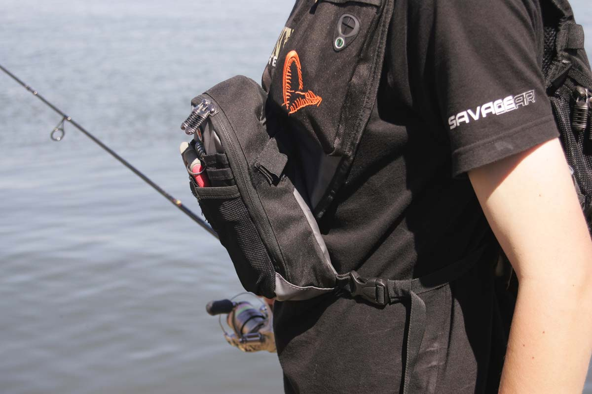 Savage gear roadrunner gear bag reviewed planet sea fishing for Savage fishing gear