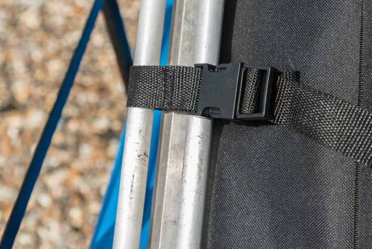 double compartment quiver fastening strap