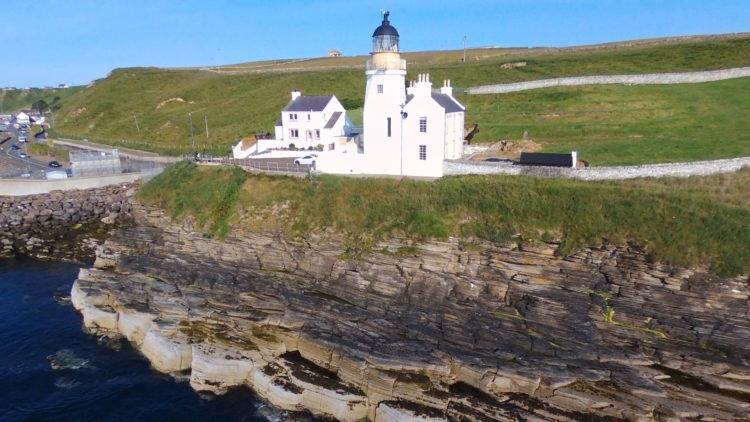Scrabster lighthouse ledges